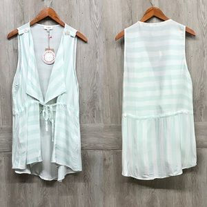 Light Sage Striped Sleeveless Draped Lapel Vest